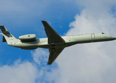 g_plugdados-galeria-aeronaves-embraer-145