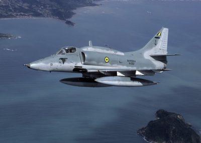 g_plugdados-galeria-aeronaves-lockheed-martin-a-4-skyhawk