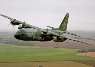 g_plugdados-galeria-aeronaves-lockheed-martin-c-130-hercules